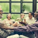 Seniors-Staying_Socially-Active
