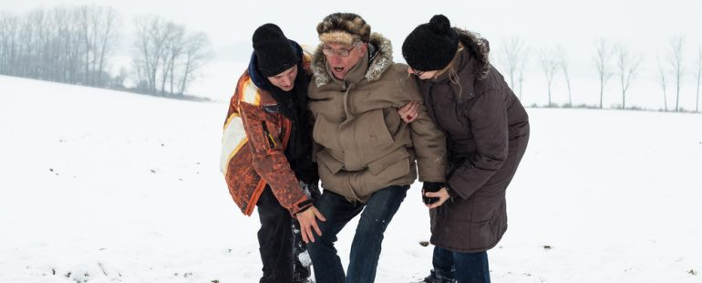 5 Winter Safety Tips For Elderly with Mobility Issues